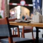 Une Sortie au Restaurant à PLUSIEURS Toulousains & Toulousaines dans un lieu festif ?